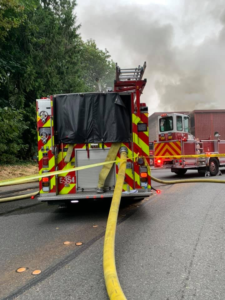 UPDATE: 3 killed in 3-alarm apartment fire in Tukwila Tuesday morning 2